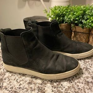 Vince Newton Suede High-Top Sneakers - Black